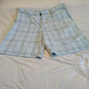 Zips golf shorts